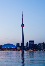 ShermansTravel Deal: Centrally Located Toronto Hotel w/Breakfast, Save 30%